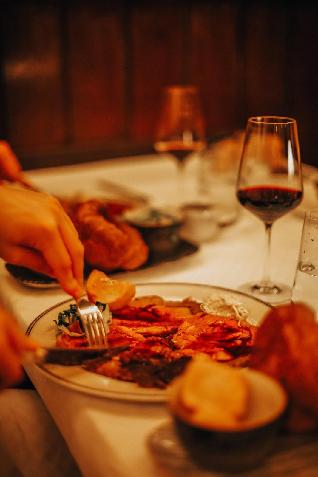 Sunday roast savoy hotel