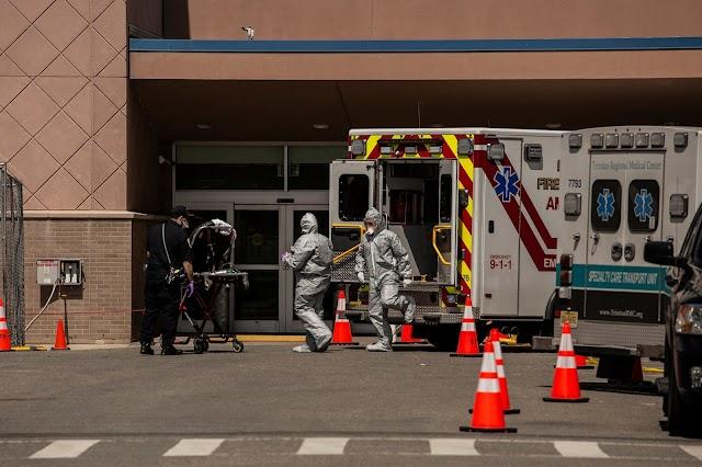 Cerca de 90% dos pacientes hospitalizados tinham pelo menos uma condição subjacente, segundo o CDC.