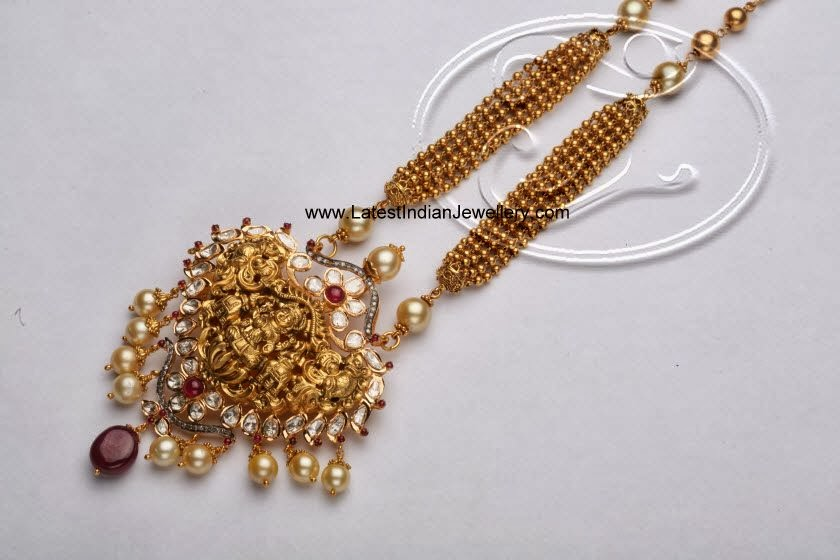 Fashionable Temple Jewellery Necklace