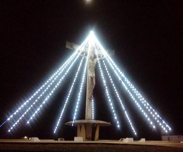 ARTIGO ESPECIAL | O Natal e o Cristo de Mário Cravo (Padre Carlos)*