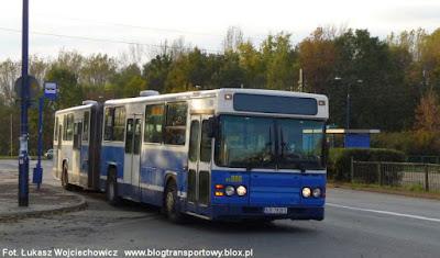 Jedna z ostatnich krakowskich Scanii CN113ALB, czyli wóz PE086 obsługujący linię 139 odjeżdża z przystanku dla wysiadających pętli Kombinat. 10.10.2011
