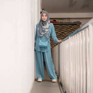 Potret Cantik Alyssa Soebandono Kenakan Outfit Biru