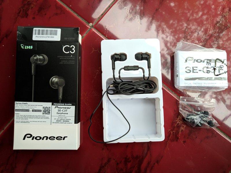 Paket Pembelian Pioneer SE-C3