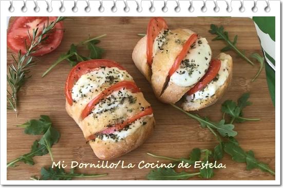 https://lacocinadeestela.blogspot.com/2019/06/panecillos-de-mozzarella-con-tomate.html