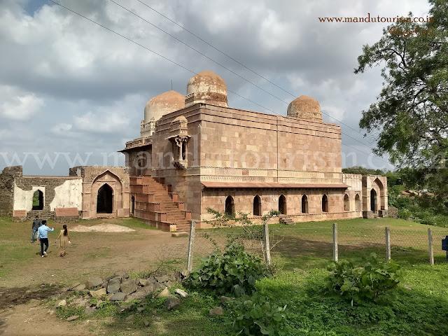 Dai Ka Mahal Mandu