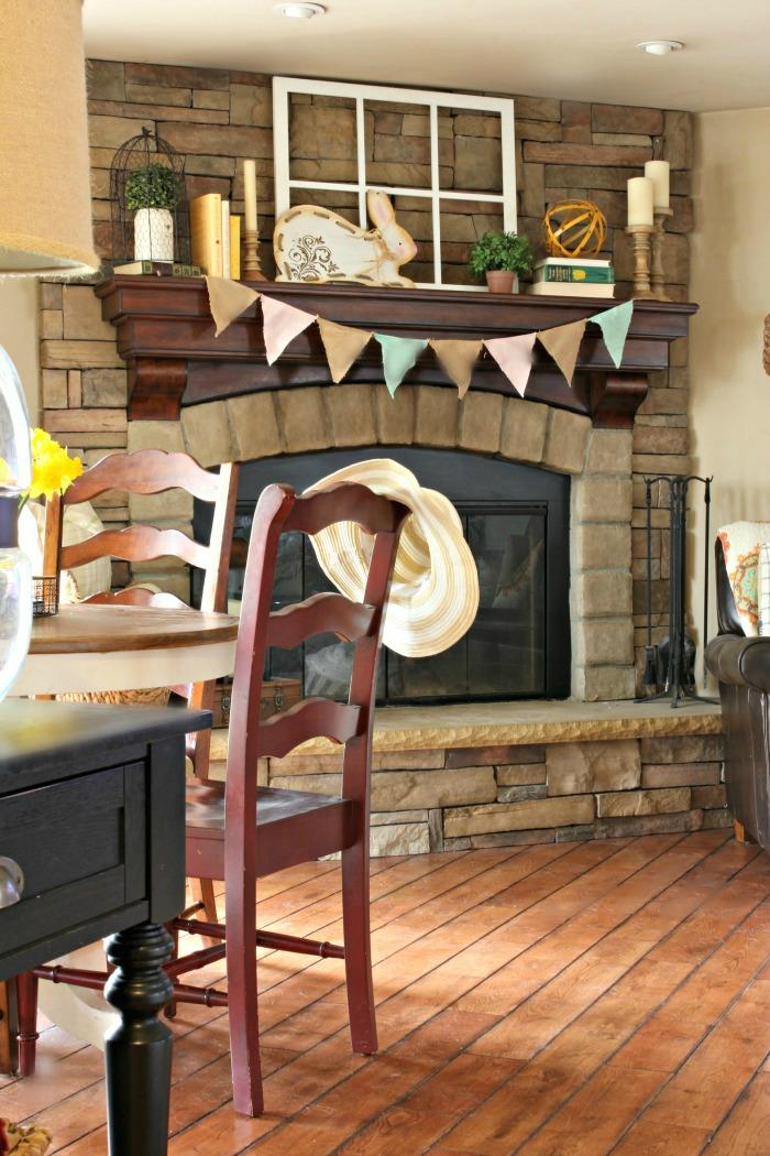 Spring decor on fireplace mantel - www.goldenboysandme.com