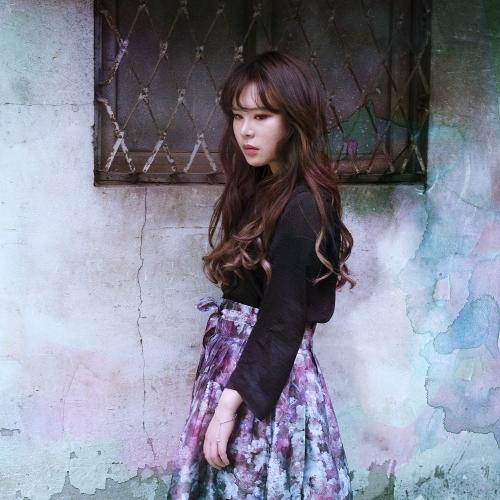 Ryu Ji Soo – Period Folding – Single