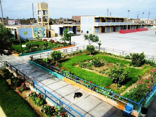 Colegio 88013 ELEAZAR GUZMAN BARRON - Chimbote