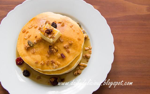 Banana Pancakes: My favourite fruit!