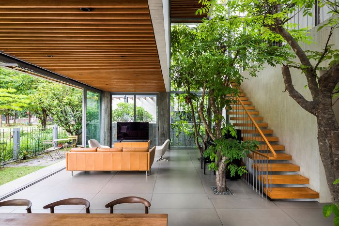 The Stepping Park House by VTN Architects