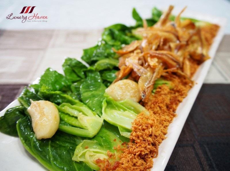 Bee Cheng Hiang Pork Floss Baby Kailan ( 美珍香肉松炒小芥兰 )