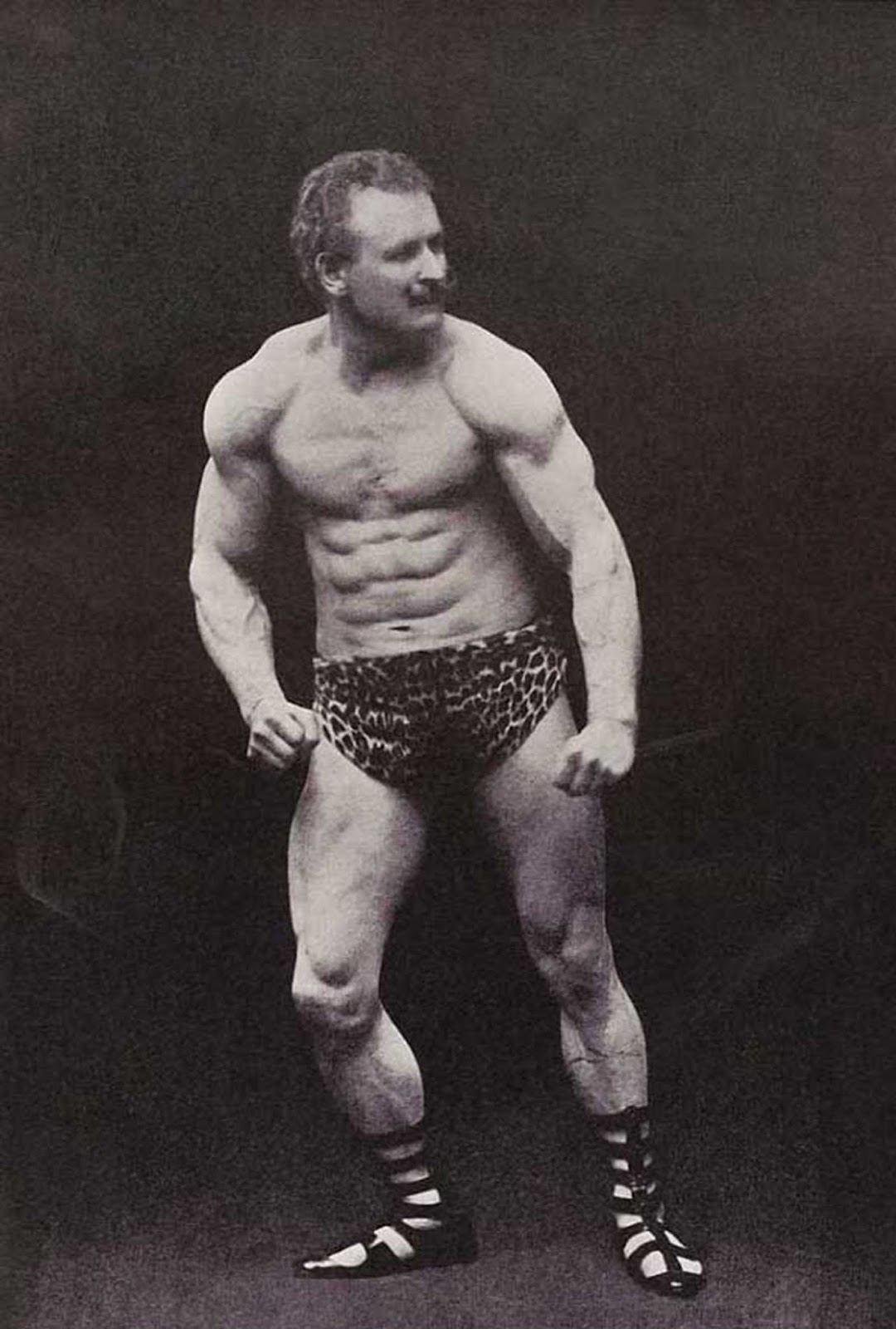 Eugen Sandow, 1902.