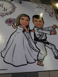 caricatura de noivos na pista de dança