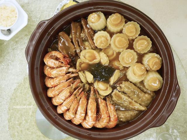 Prosperity Treasure Pot (Poon Choy)  - RM488+ (5pax), RM888+ (10pax)