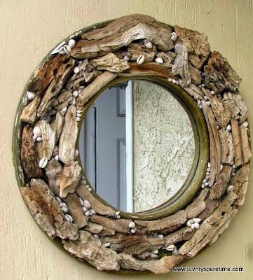 espejo con madera reciclada de troncos secos