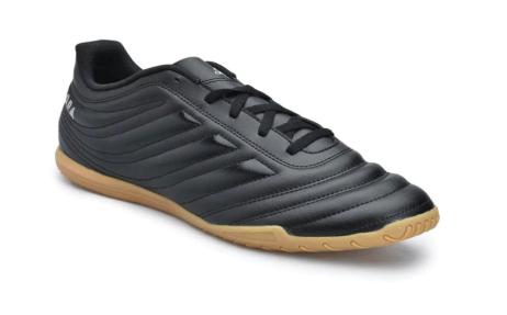 Sudah Tahu Keunggulan Menggunakan Sepatu Futsal Adidas? Yuk Cek Di sini