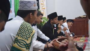 Kuliah di Unnes Sambil Mondok di Pesantren Durrotu Aswaja