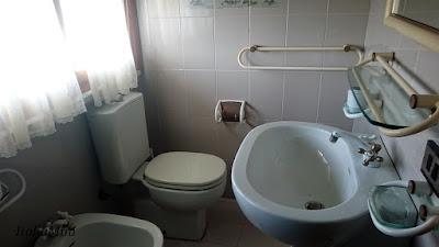 Łazienka z lat 80-tych