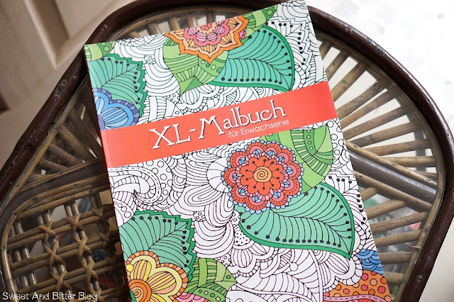 XL Malbuch für Erwachsene Adult Coloring Book Delhi Stationery Fair