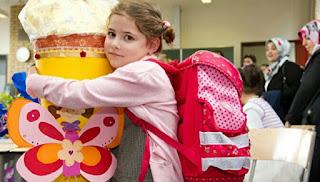 Waspada Bawaan Anak Saat Sekolah. Karena Inilah Bahayanya Jika Tas Mereka Terlalu Berat
