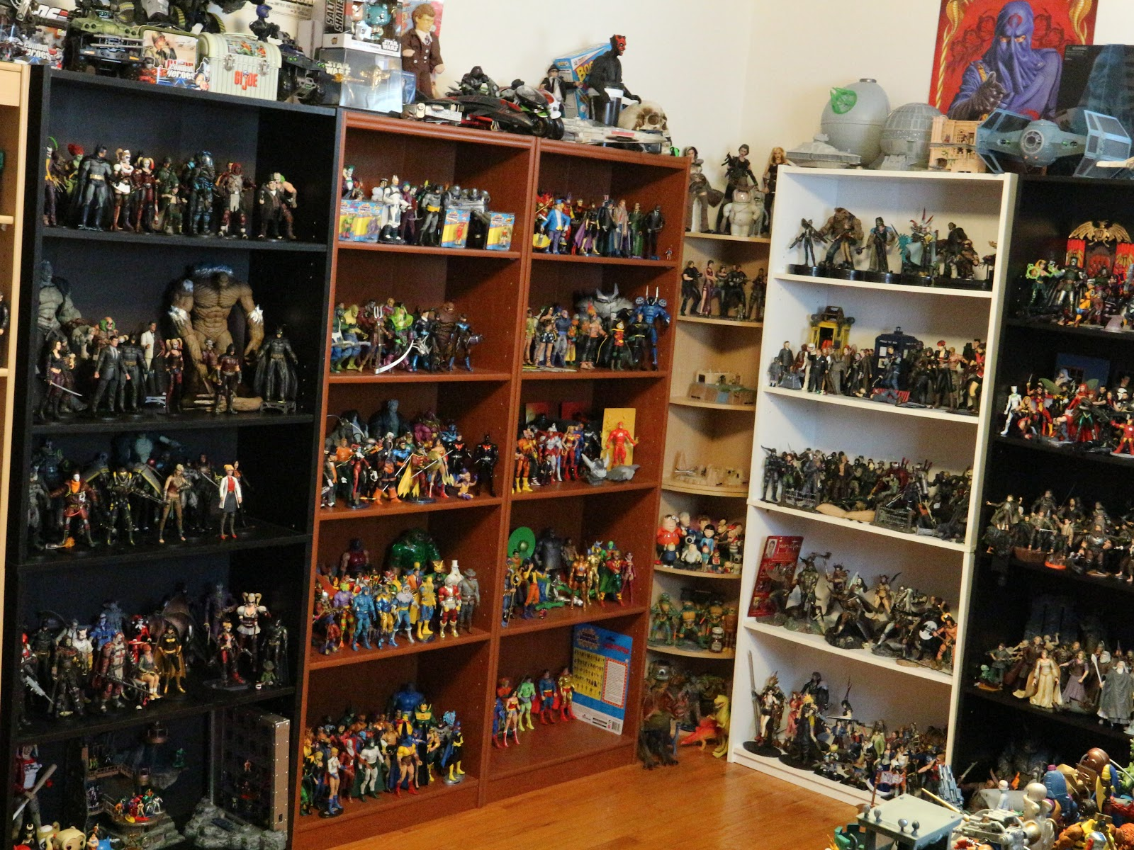 80 Toy Action Figure Shelves - shelves_Must see 80 Toy Action Figure Shelves - shelves  Pictures_974446.JPG