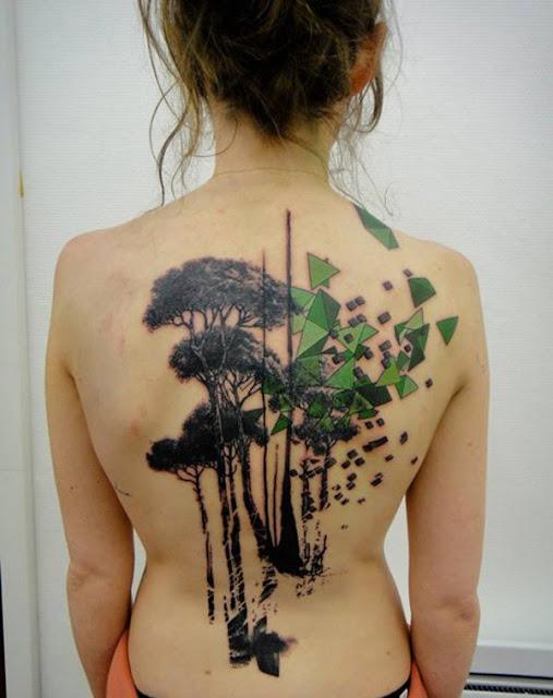 tatuajes para mujeres en la espalda con significado