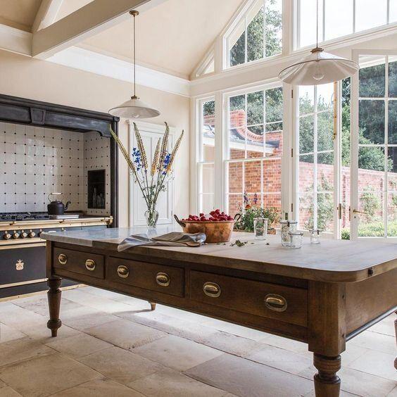 Trend Alert Kitchen Tables Instead of Kitchen Islands-