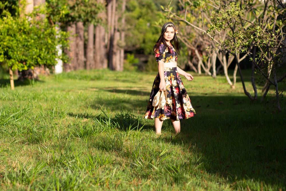 Saia godê midi e cropped florido por Amanda Hossoi