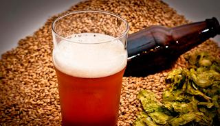 Cerveja artesanal. Satisfação garantida e economia