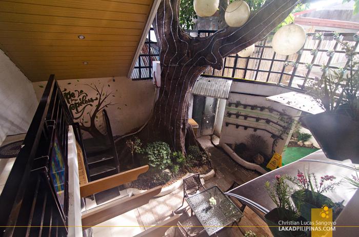 Lorenzo's Way Bed & Breakfast Atrium Tacloban