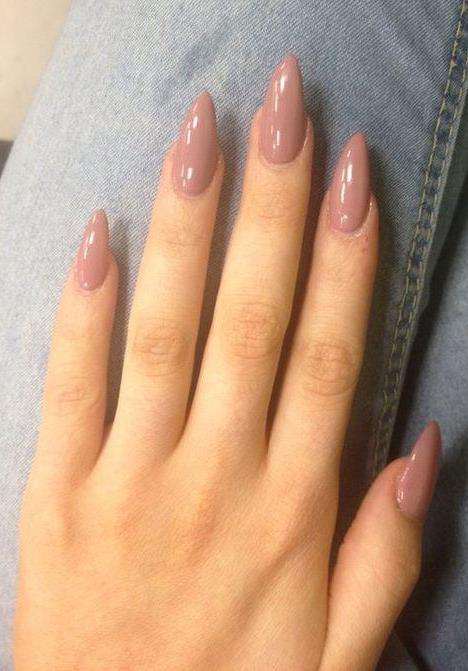 best nude nail art idea