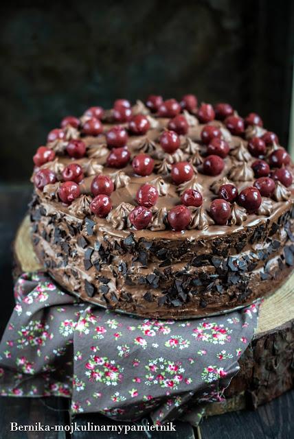 tort, tort wegierski, wegierski, ciasto, urodziny, czekolada, deser, bernika, kulinarny pamietnik