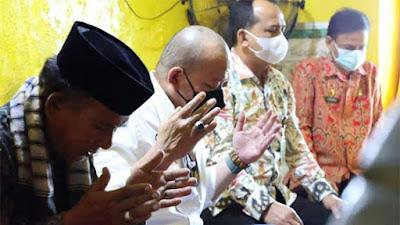 Awali Kunker di Kalbar, Ketua DPD RI Ziarah ke Makam Pendiri Kota Pontianak