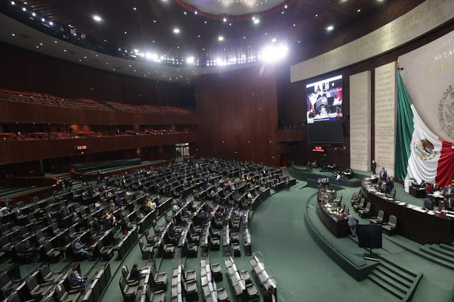 Diputadas y diputados que buscan reelección renuncian a apoyos económicos