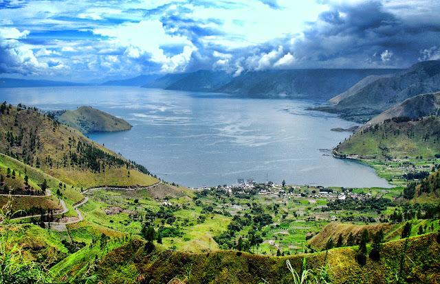 Wisata Danau Toba menarik