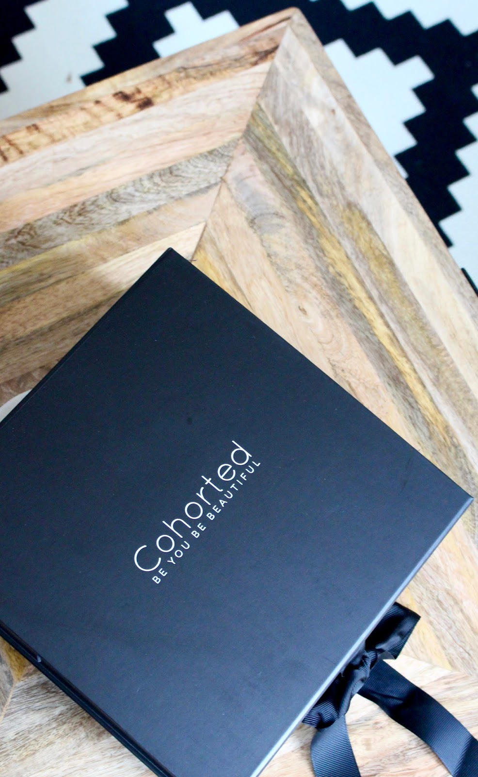 unboxing & first impressions – the cohorted subscription beauty box