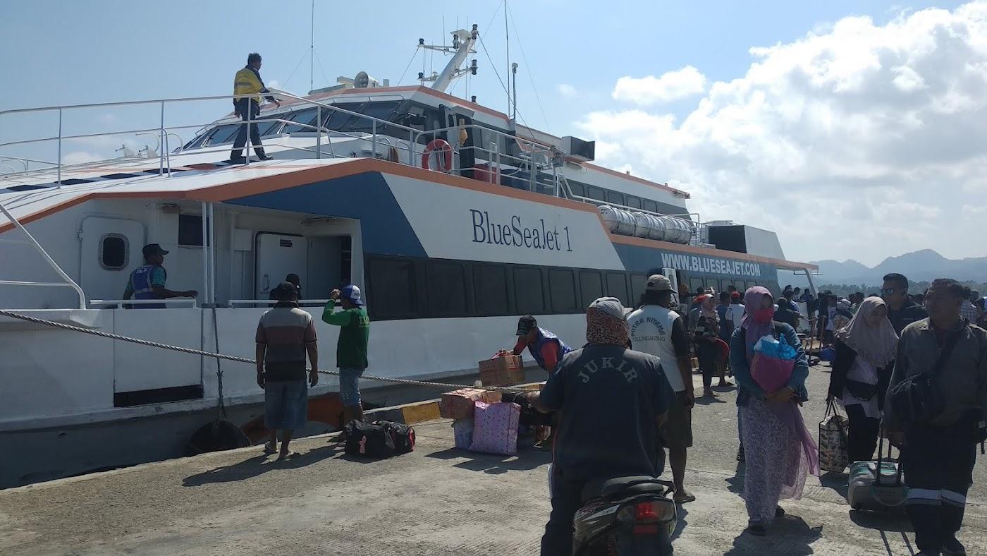 ✓✓ Review Kapal Blue Sea Jet 1 Gresik - Bawean PP