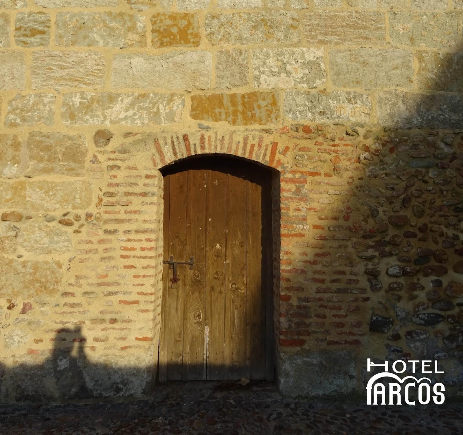 Hotel arcos ciudad rodrigo la puerta del conde ciudad rodrigo a 200 metros de hotel arcos - Hotel puerta del arco ...