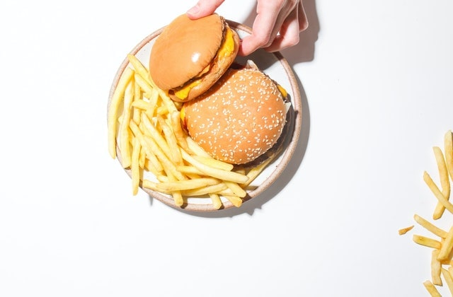 Fast food affects your mood in a bad way