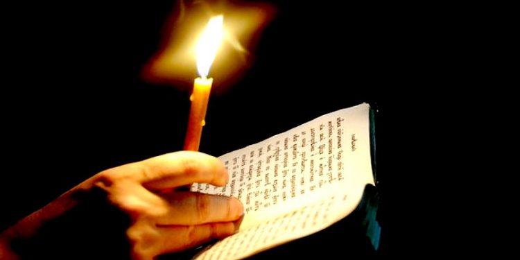 Tiga Cara Berdoa yang Baik Menurut Alkitab