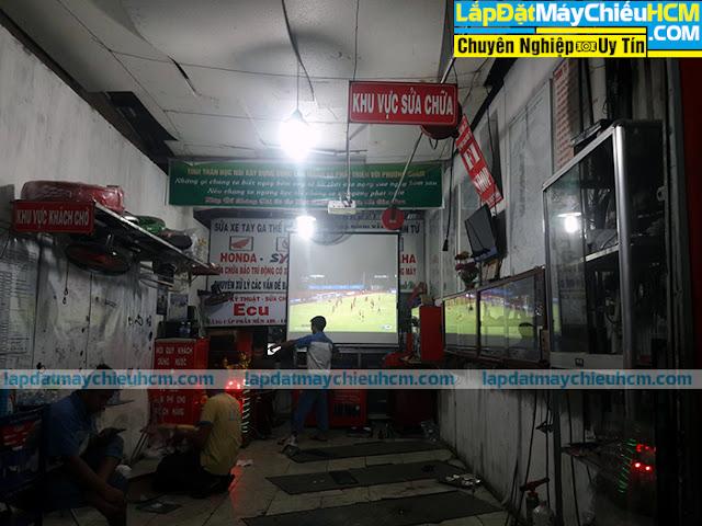 Lắp đặt máy chiếu xem bóng đá tại Dĩ An, Bình Dương