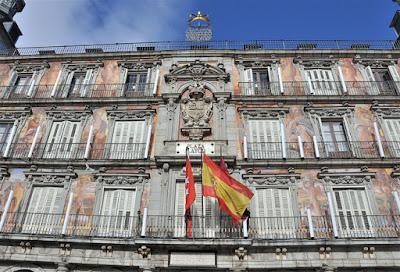 Foto Suicasmo em Wikimedia - Matéria Plaza Mayor - BLOG LUGARES DE MEMÓRIA