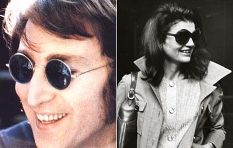 John Lennon adorava o óculos redondo, vivia desfilando por aí com vários  modelos da tendência a primeira dama Jacqueline Kennedy também já usou  várias vezes ... 375484be61