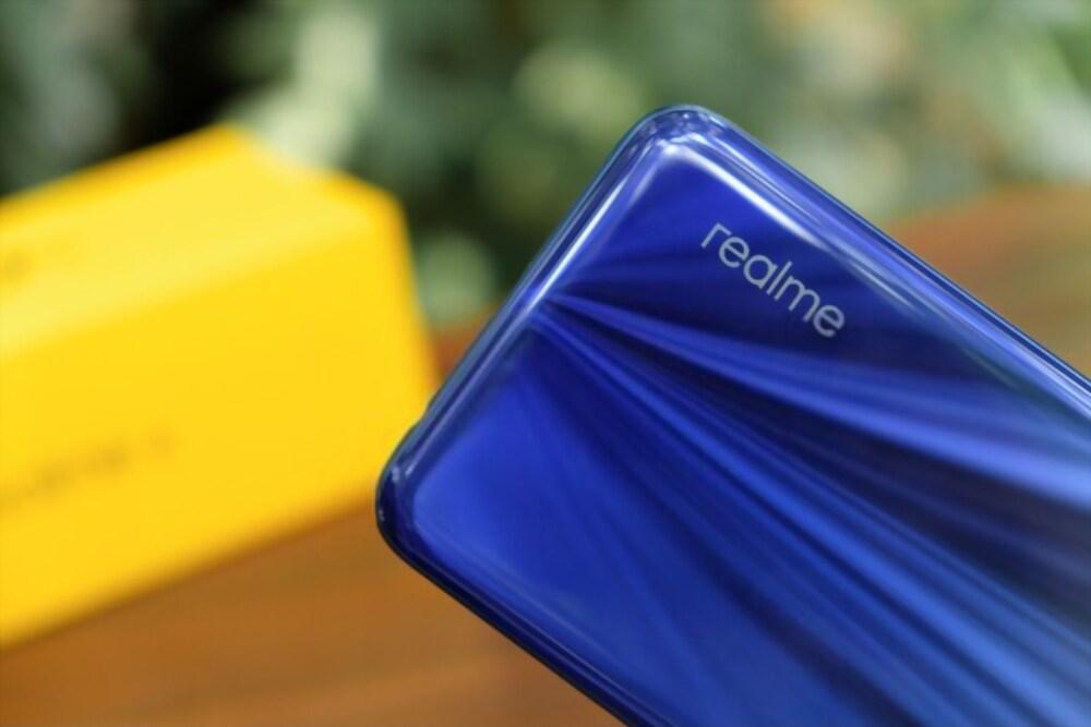 Daftar Smartphone Realme Terbaru 2020 - Masbasyir