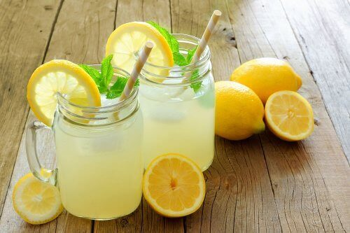 Lemon Benefits You for Weight Loss and Enhance Beauty