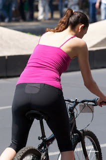 spandex chica en chica