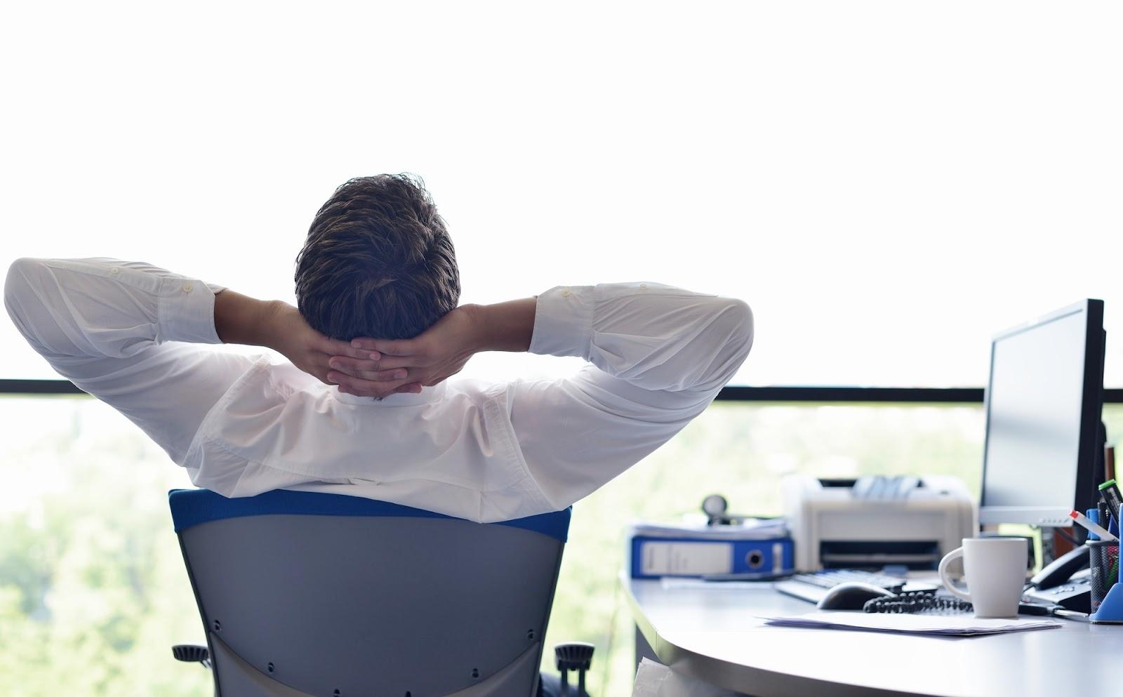 '7 Cara Mengatasi Kebosanan Kerja di Tempat Kerja'