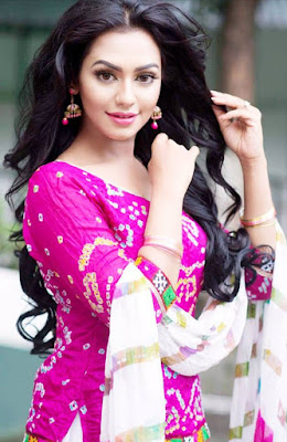 actress nusrat faria