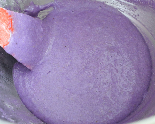 almond meal and icing sugar mixed together. for purple murple macarons.