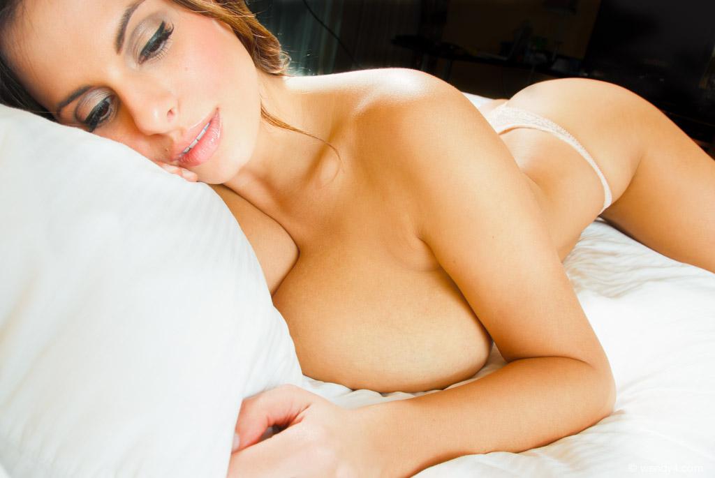 Nude girl torcher mms